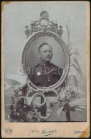 cca 1900 Olasz katona portréja, keményhátú fotó (Mazucco, Gorizia), 16,5×10,5 cm