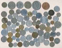 Vegyes magyar és külföldi fémpénz tétel ~300g-os súlyban, közte Magyarország 1940. 50f Cu-Ni + Ausztrália 1970. 50c II. Erzsébet / Cook kapitány + Algéria 1950. 100Fr Cu-Ni + Nagy-Britannia 1969. 50p Cu-Ni II. Erzsébet + Amerikai Egyesült Államok 1971. 1$ Cu-Ni Eisenhower + Románia 1955. 50b Cu-Ni (2x) T:vegyes ~300g mixed Hungarian and foreign coins within Hungary 1940. 50 Fillér Cu-Ni + Australia 1970. 50 Cents Elizabeth II / Captain Cook + Algeria 1950. 100 Francs Cu-Ni + United Kingdom 1969. 50 Pence Cu-Ni Elizabeth II + USA 1971. 1 Dollar Cu-Ni Eisenhower + Romania 1955. 50 Bani Cu-Ni (2x) C:mixed