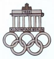 Német Harmadik Birodalom 1936. XI. Olimpia Berlin zománcozott olimpiai jelvény, hátlapon GES. GESCH. és gyártói jelzés (33x30mm) T:2 Germna Third Reich 1936. XI. Olympiade Berlin enamelled Olympic badge, with GES. GESCH. and makers mark on the back (33x30mm) C:XF