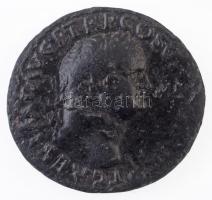 Római Birodalom / Lugdunum / Titus 77-78. Dupondius Br (9,92g) T:2-,3 Roman Empire / Lyon / Titus 77-78. Dupondius Br T CAES IMP AVG F TR P COS V[I CENSOR] / [FELICITAS PVBLICA] S-C (9,92g) C:VF,F RIC II 775