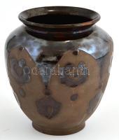 Ifj. Badár Balázs (Mezőtúr) mázas kerámia váza, jelzett, kis kopásnyomokkal, m: 16,5 cm