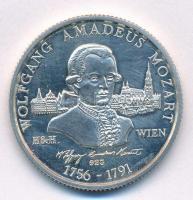 Ausztria 1991. Wolfgang Amadeus Mozart jelzett Ag emlékérem dísztokban (15,74g/0.925/32mm) T:1- (PP) felületi karc Austria 1991. Wolfgang Amadeus Mozart hallmarked Ag commemorative medallion in case (15,74g/0.925/32mm) C:AU (PP) slightly scratched