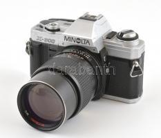 Minolta X-300 SLR fényképezőgép, Mitsuki 135mmm f/2.8 objektívvel, szép állapotban, a váz javításra szorul / Vintage Japanese SLR with 135mm f/2.8 lens, in good cosmetical condition, the body is for repair