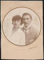 1924 Mészáros fényképész műtermében készült, vintage fotó, 17x17 cm, karton 26,3x18,8 cm