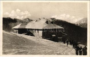 1942 A Magyar Cserkész Szövetség kárpátaljai menedékháza a tiszaborkúti Mencsul-havason / Hungarian boy scout chalet in Kvaszi, rest house, winter sport, ski (fl)