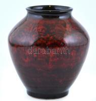 Vöröses-barnás festett, mázas váza, kis lepattanással, m: 19 cm