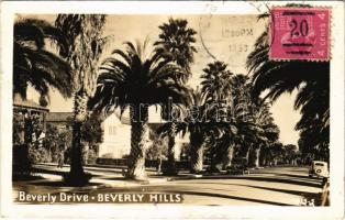 1939 Beverly Hills (Los Angeles), Beverly Drive, automobiles. TCV card (EK)