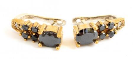 Aranyozott ezüst(Ag) fülbevalópár, kövekkel, jelzett, h: 2,5 cm, bruttó: 9,16 g