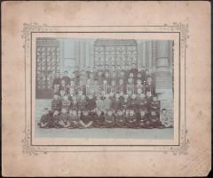 cca 1910 Szeged, Klein Aladár fényképész pecséttel jelzett vintage fotója, iskolai csoportkép, 14x19,7 cm, karton 24,8x29,8 cm