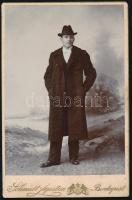 cca 1910 Budapest, Schmidt Ágoston fényképész műtermében készült, keményhátú vintage fotó, 16,3x10,5 cm