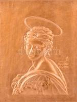 Női szentet ábrázoló réz falikép, fa hordozón, hátoldalán KK 82 jelzéssel, 34x27 cm