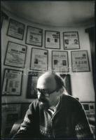 cca 1990 Markó Béla erdélyi politikus, Varga feliratú vintage fotó, a néhai Képes7 archívumából, 24x16,2 cm