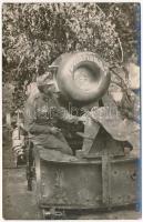 Osztrák-magyar 30,5 cm-es mozsárágyú Mariska / WWI Austro-Hungarian K.u.K. military, 30,5 cm mortar named Mariska. photo