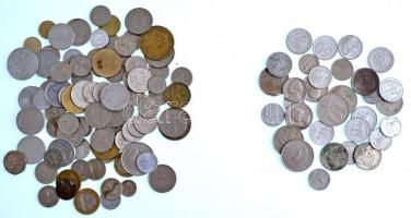 450g-os vegyes magyar és külföldi fémpénz, emlékérem tétel, közte Franciaország 1960. 5Fr Ag T:vegyes 450g of mixed metal coins, with France 1960. 5 Francs Ag C:mixed