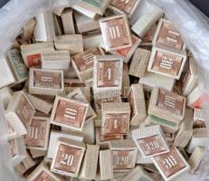 150 db vegyes portó bündli ömlesztve, kutatáshoz kiváló