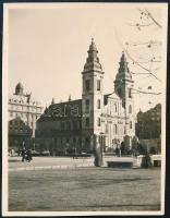 cca 1932 Kinszki Imre (1901-1945) budapesti fotóművész hagyatékából, jelzés nélküli vintage fotó (városkép), 5,8x4,5 cm