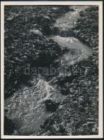 cca 1932 Kinszki Imre (1901-1945) budapesti fotóművész hagyatékából, jelzés nélküli vintage fotó (patak), 24x18 cm