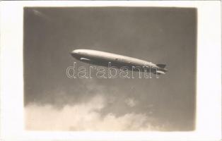 Graf Zeppelin D-LZ127 léghajó / airship. photo