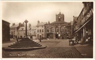Alnwick, Market Square, shops (EK)
