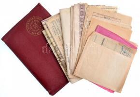 ~1938-1942. Trieszti Adria Biztosító élet- és tűzbiztosítási kötvények, nyugták, közte biztosítási ügynök megbízási szerződése 1941-ből, eredeti, dombornyomott, bordó színű bőr tokban