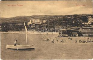 Crikvenica, Cirkvenica; Palace Hotel Therapia / fürdőzők / bathing people, beach