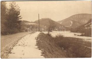 Szklenófürdő, Sklené Teplice; Tepla-völgy télen / valley in winter. photo (EK)