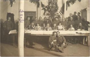 1916 Stratyn, December 24. Karácsony, katonák csoportképe / WWI K.u.k. military Christmas, soldiers. photo