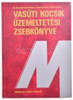 Komoróczki István-Lovas József-Mezei István: Vasúti kocsik üzemeltetési zsebkönyve. Bp., 1990, Műszaki. Kiadói műbőr-kötés.