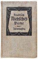 Friedrich Nietzsche: Also sprach Zarathustra. Aus dem Nachlaß. 1882-1885. Nietzsches Werke Taschen-Ausgabe. Band VII. Leipzig,én.,Alfred Körner, XXIX+502+2 p. Német nyelven. Kiadói egészvászon-kötés, kopott borítóval, sérült gerinccel, három lap szélén sérüléssel (233/234, 235/236, 237/238.)