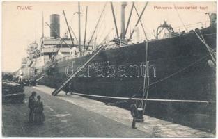 Fiume, Rijeka; Pannonia (Cunard) kivándorlási hajó a kikötőben / Hungarian emigration ship at the port