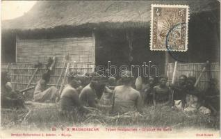 Madagascar, Types malgaches, Groupe de Bara / African folklore. TCV card