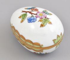 Herendi Viktória mintás tojás dobozka, kézzel festett, jelzett, apró kopásnyomokkal, h: 7 cm, m: 5 cm