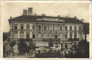 Kassa, Kosice; Schalkház szálloda és kávéház, villamos, Bernát Weber, Guttman, Buxbaum P. és Radio üzlet / hotel and cafe, shops, tram (fa)