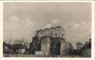 1938 Léva, Levice; várrom. Guggenberger Lajos kiadása / Levicky hrad / castle ruins + 1938 Léva visszatért So. Stpl.