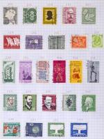 Deutsches Reich, NSZK stb. több száz bélyeg füzetlapokra falccal felragasztva