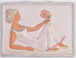 Győrbíró Enikő (1932-1999): Lány, virággal. Mázas kerámia fali dísz, kézzel festett. Hibátlan. 27x19 cm