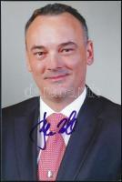 Borkai Zsolt (1965-) olimpiai bajnok magyar tornász aláírása az őt ábrázoló fotón