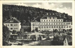 1933 Lázne Luhacovice, spa, bath, hotel, automobile (EB)