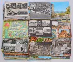 Kb. 185 db MODERN magyar és más európai város képeslap / Cca. 185 modern Hungarian and other European town-view postcards
