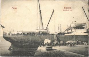 1907 Fiume, Rijeka; Slavonia kivándorló hajó / Cunard Line SS Slavonia emigration ship at the port (EK)