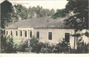 1911 Aba, Dettrich lakház