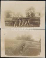 cca 1912 Magyar katonák gyakorlatozása lövészárokban, 2 db fotó, jó állapotban, 8,5×13,5 cm