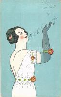 Művészi füstkarika eregetés / Lady smoking a cigarette (EB)