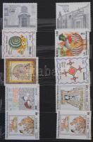 Néhány száz használatlan külföldi bélyeg 8 lapos közepes berakóban