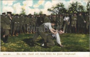 Ringkampf. Sport und Spiel hinter der Front / WWI German military, wrestling match between soldiers
