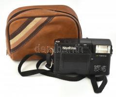 Keystone Everflash 3570 retró fényképezőgép, kissé kopott, eredeti műbőr tokjában