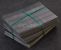 100 db négysoros fekete stecklap, egy részük fedőfólia nélkül