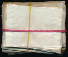 170 db kis és közepes méretű pergamen tasak