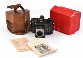 cca 1962 Gamma Pajtás fényképezőgép, Achromat 1:8/80 mm objektívvel, 6x6 cm filmformátum, eredeti tokjában, dobozában, leírással és számlával