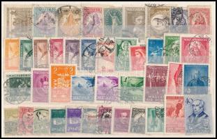 1920-1939 42 db bélyeg, köztük jobbak is, közepes berakólapon